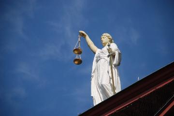 Hoe verloopt de strafrechtelijke handhaving van woningkwaliteitsinbreuken?