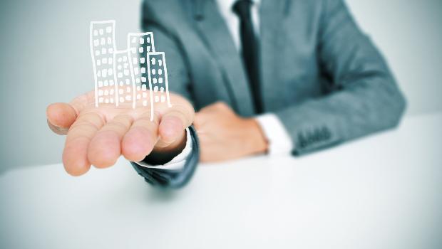 Is het Antwerps samenscholingsverbod van toepassing op algemene vergaderingen in mede-eigendom?